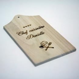 planche à découper bois personnalisée